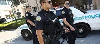 policía en inglés