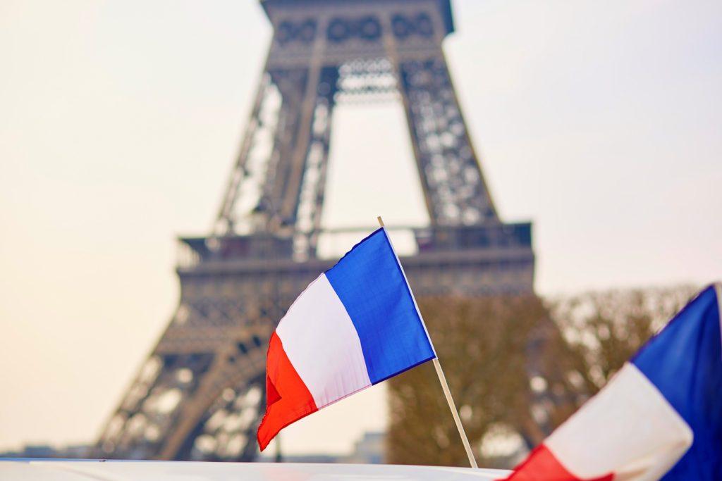 La preposición à francés