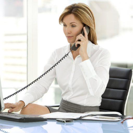contestar una llamada telefónica